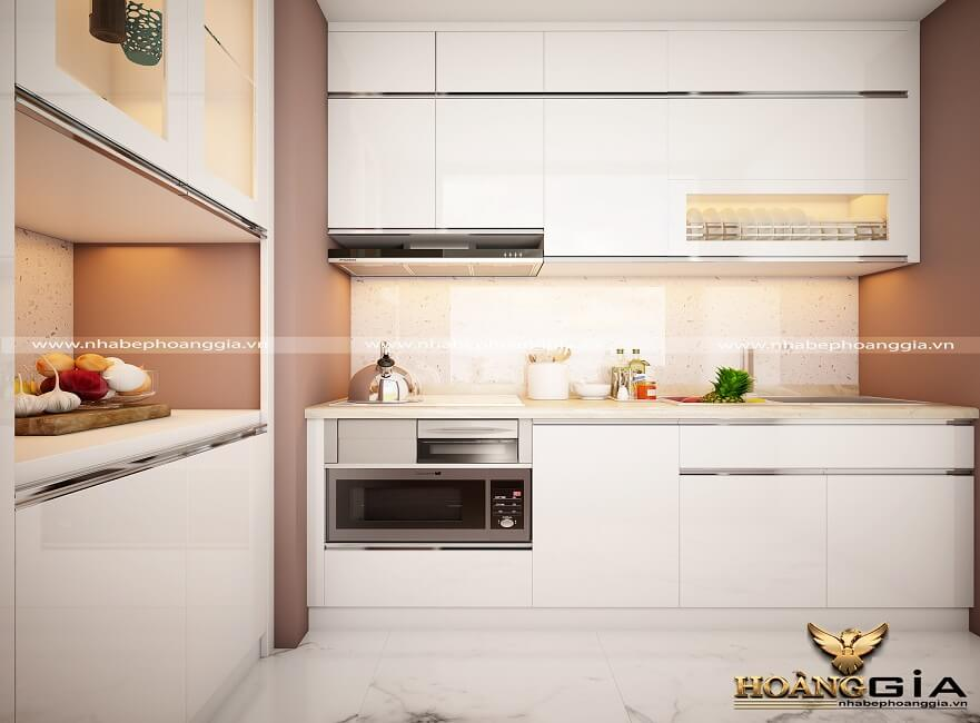 tủ bếp gỗ truyền thống hay tủ bếp nhôm kính
