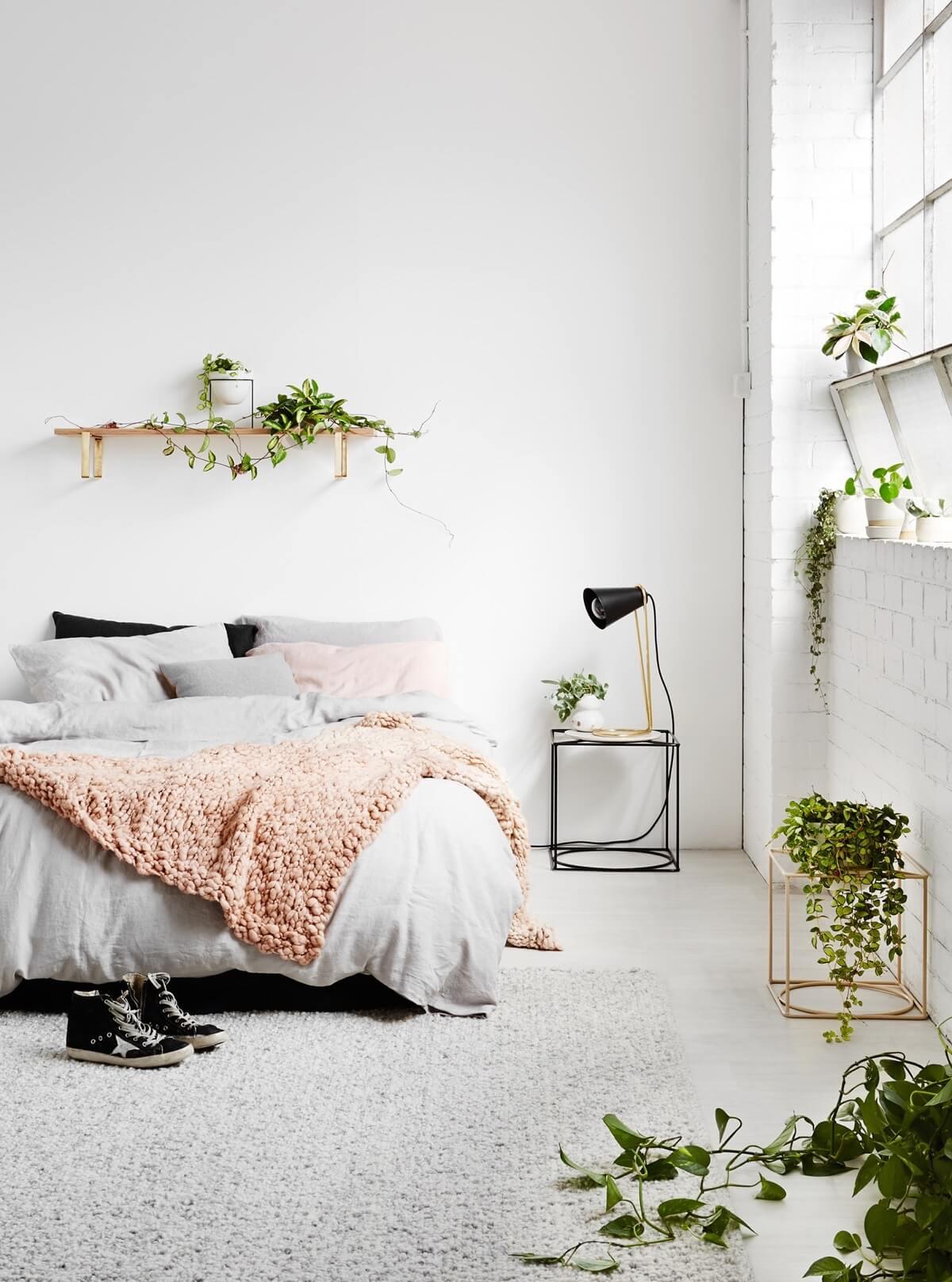 mẫu nội thất phòng ngủ màu trắng