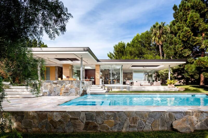 thiết kế biệt thự có hồ bơi