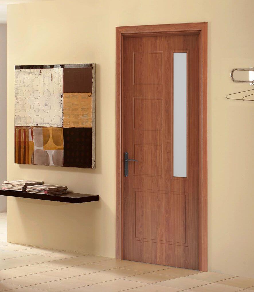nên chọn cửa gỗ tự nhiên hay cửa gỗ công nghiệp