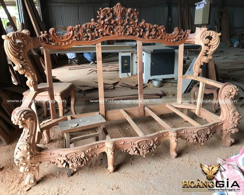 xưởng sản xuất sofa tân cổ điển