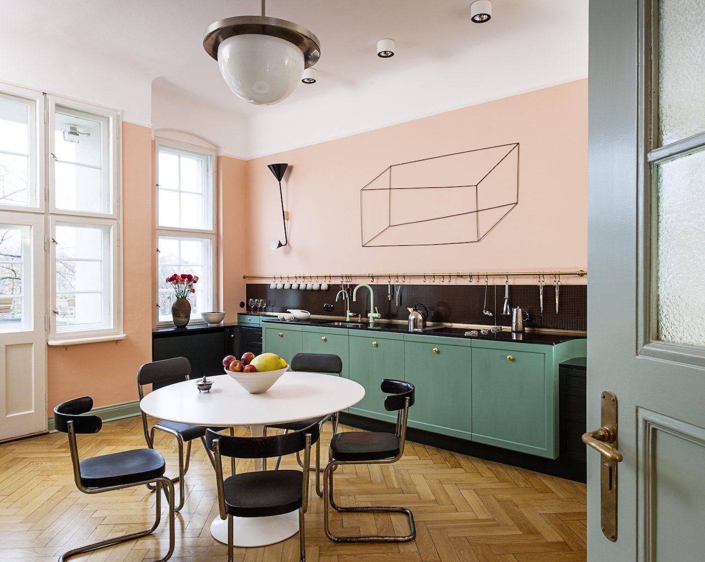 tuổi Đinh Dậu 1957 sơn nhà màu gì