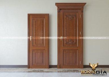 Mẫu cửa gỗ thông phòng tân cổ điển ấn tượng
