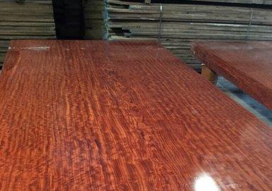 Tìm hiểu về gỗ cẩm: đặc điểm và phân loại