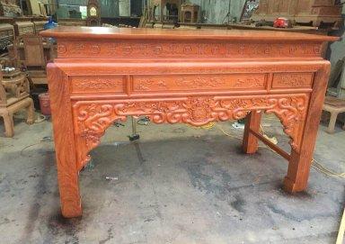 Mẫu bàn thờ gỗ gụ 01
