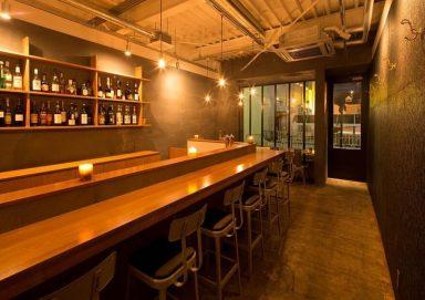 Thiết kế nội thất quán cafe theo phong cách công nghiệp độc đáo