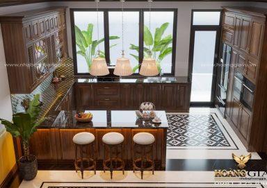 Mẫu tủ bếp tân cổ điển truyền thống nhà chú Tuấn (Triệu Việt Vương)