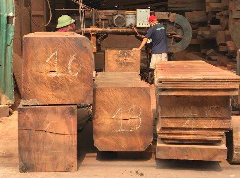 Xưởng sản xuất đồ gỗ nội thất căn hộ chung cư tại Hà Nội